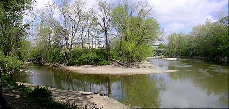 Big Creek at left, Cuyahoga at right